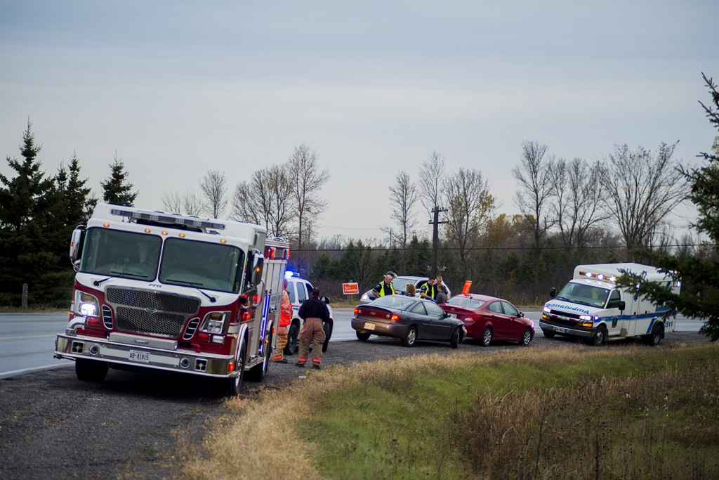 Belleville, Ont. (2015, 10, 20) A car accident occurred on Moira St. west around 5.00 P.m, it was a two car collision, no one died, there was one minor neck injury to one of the occupants that required transportation to hospital.