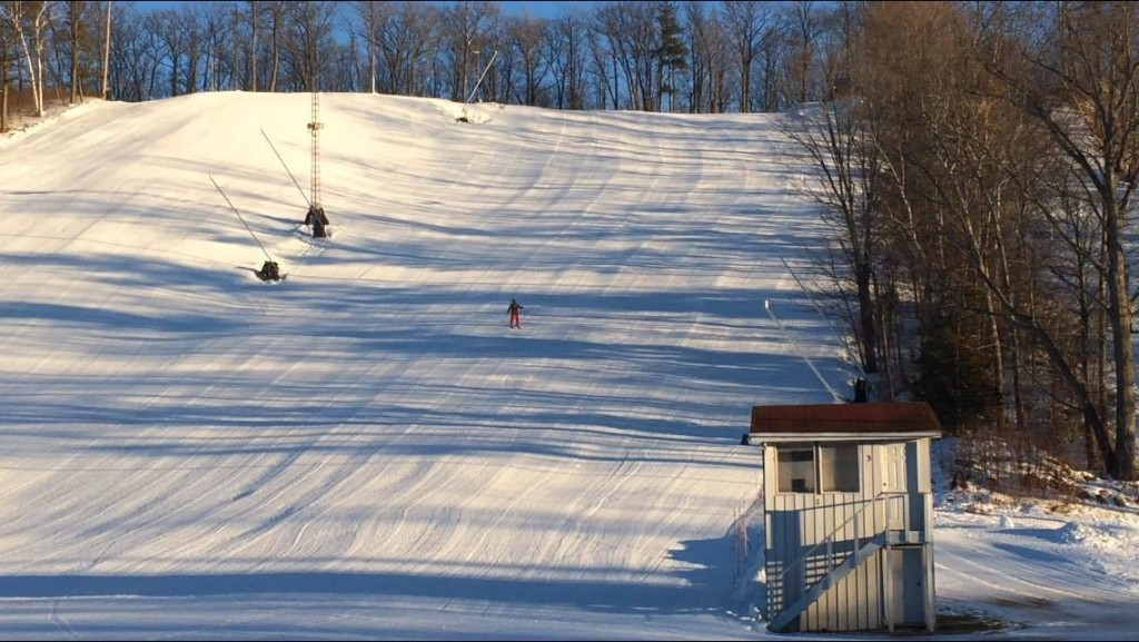 A skier coasts down the slopes at Batawa Ski Hill. Photo by Cam Kennedy, QNet News
